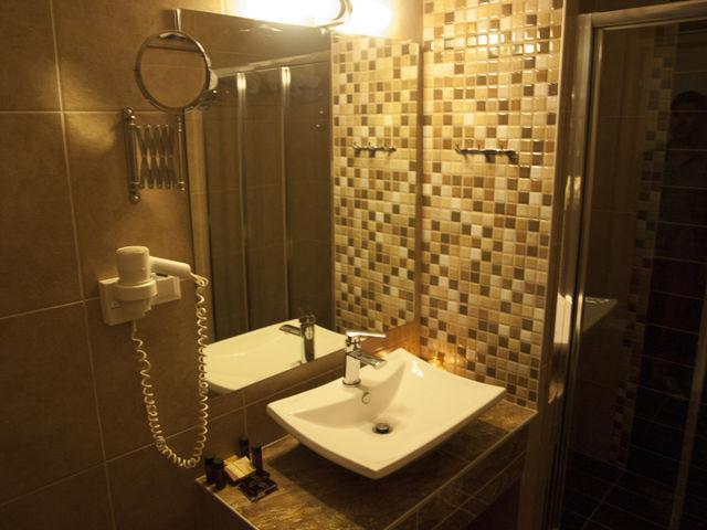 Fanari Hotel - Фамилна  стая